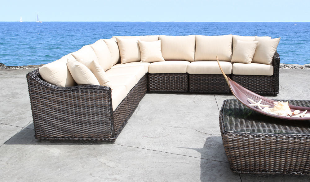 Nevada Wicker Sectional