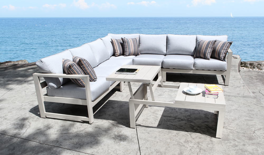 Wynn Aluminum Sectional